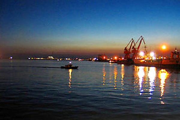 日照港夜景