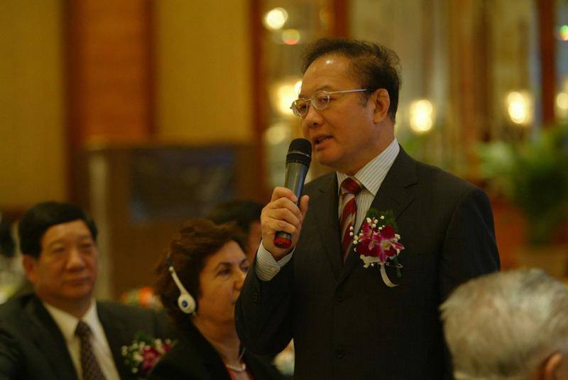 中国国际经济交流中心秘书长魏建国先生与现场嘉宾互动访问