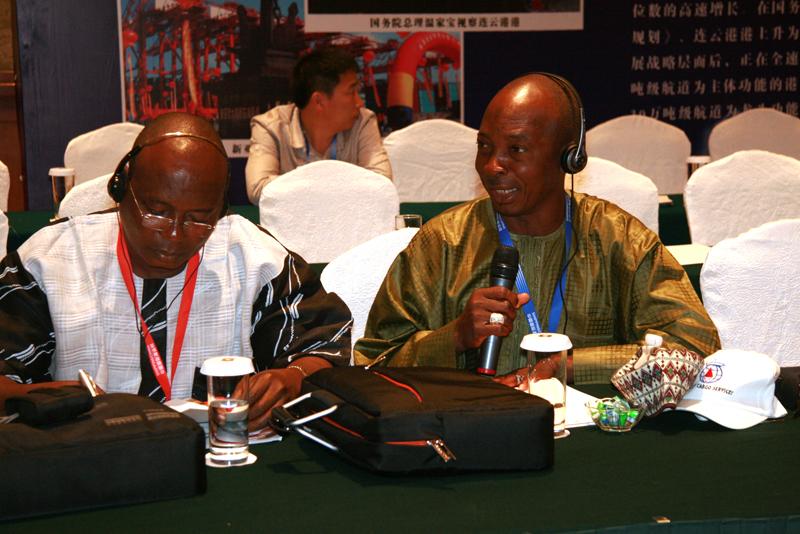 非洲港航企业代表关注舟山港口发展