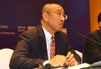 GSS organizer SHIPPINGCHINA consultant, professor Liu Bin interacts with Media