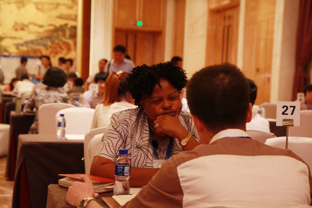 广州口岸成员与非洲代理洽谈合作