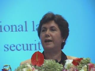 联合国多式联运协会主席方贺利女士讲演