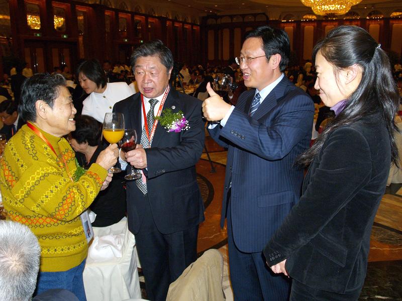 王亚夫,中国人的骄傲