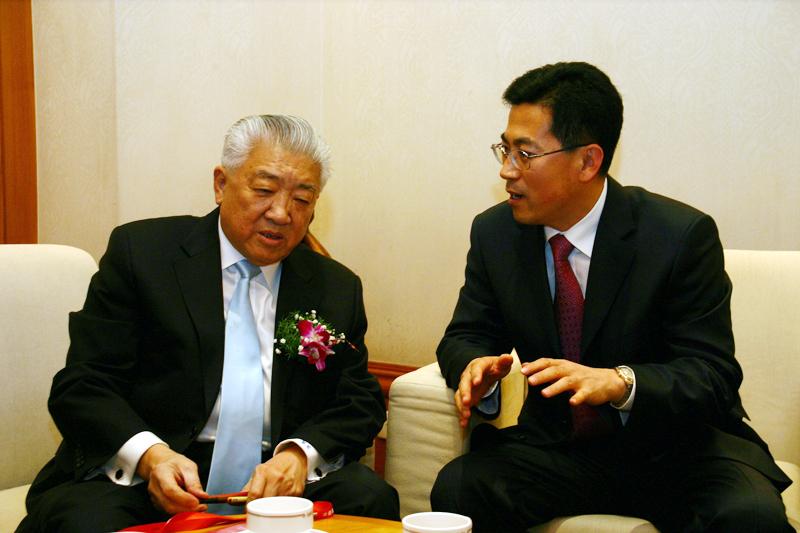 中国国际海运网总裁康树春与钱永昌老部长会谈