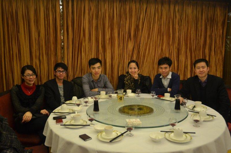 广州口岸成员代表晚宴前合影