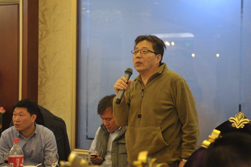 天津口岸成员代表与其他成员进行业务交流