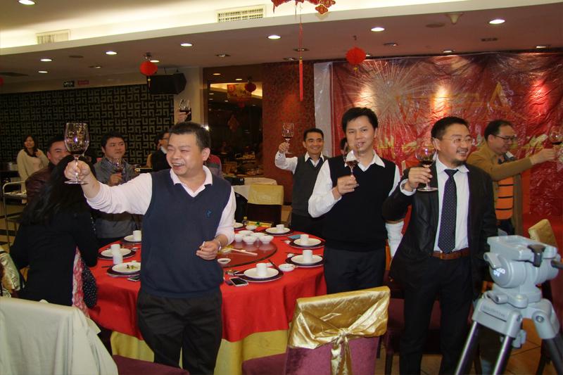 创始会员老总们向在场所有会员祝贺
