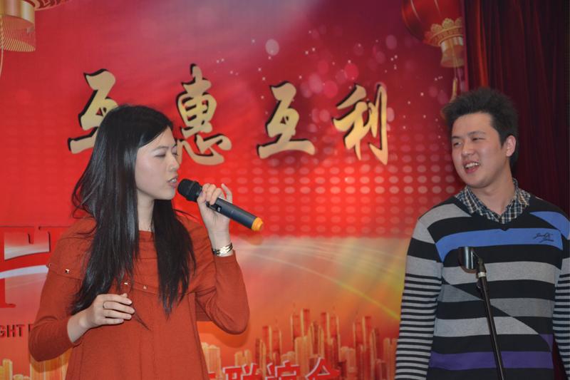 上海新景程国际物流有限公司束晨、李雯婧歌曲-广岛之恋
